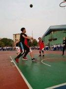 湘钢一中开展2019年高一年级篮球赛