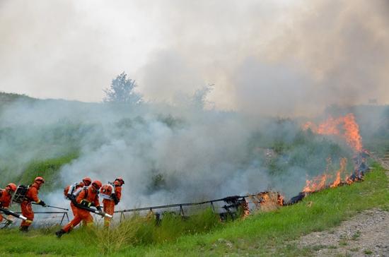 湖南三铃安全科技与国家应急管理部森林消防局机动支队进行联合演练